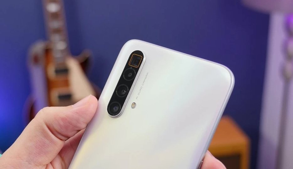 Realme X3 And X3 Superzoom Receiving First Software Update With June 2020 Security Patch